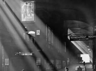 50幅世界级优秀黑白街头摄影
