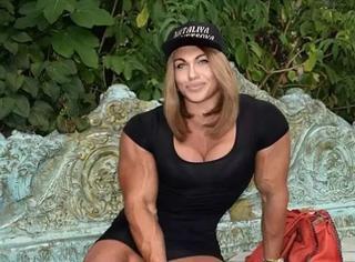 比哪吒还哪吒的肌肉妹子,估计你也喜欢?