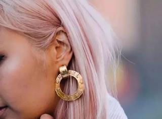 比磨骨还有效的瘦脸方法,是戴耳环啊!
