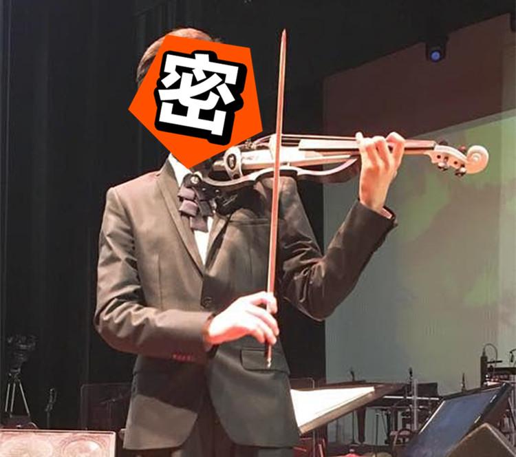 会钢琴会小提琴,这个13岁台湾少年的颜值简直可以出道了