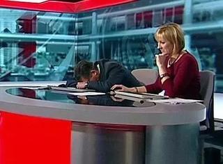 BBC工作人员控诉同事在办公室睡觉,网友立即开始吐槽模式