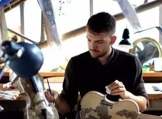 他花了500多个小时去画一把小提琴,震惊了全网友