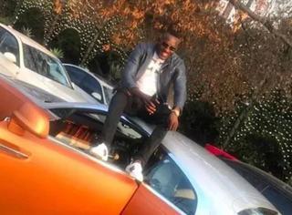 津巴布韦土豪炫富,好莱坞明星都比不上!