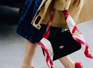 想在冬天吸睛,你只需要一双红鞋!