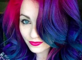 她把大自然的绚丽,染成了最梦幻的发色...