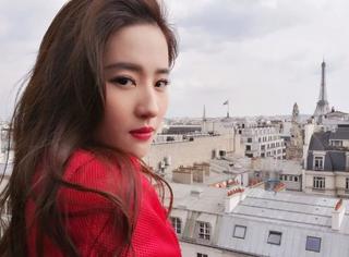 《花木兰》千里挑一选中刘亦菲,人美会打英语好怎能不服?