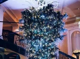 全世界都在倒挂圣诞树,原来是法国人3年前玩剩下的啦