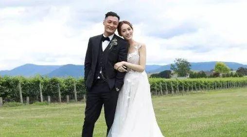 余文乐闪婚娶了皮带大王千金!爱得久,不如爱得刚刚好