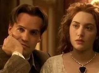 钻石和爱情的文化,真的是20世纪一场轰轰烈烈的骗局么?