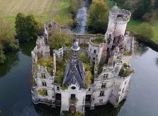 法国诸多文化古迹岌岌可危,6500多人集资修缮古城堡