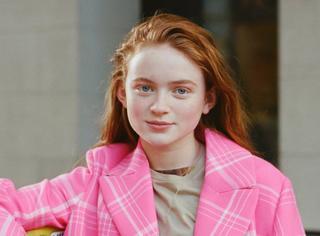 只有真的少女才能把桃红色穿得像童话