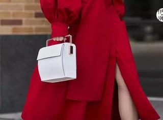 女生每月挣多少才能买奢侈品?