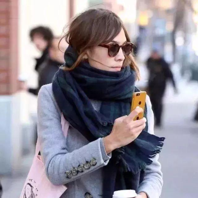 冬天最离不开的难道不应该是围巾吗?!