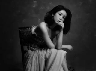 """她是章子怡刘烨同学,实力派大咖,却不止一次被骂""""丑"""""""