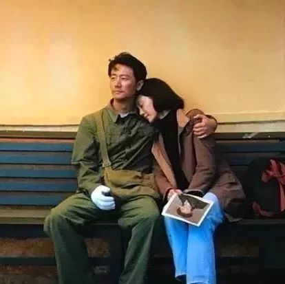 在《芳华》里,我所有的眼泪都给了何小萍