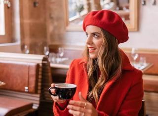 暗恋对象突然约你共度圣诞,怎样打扮才能毫不费力地惊艳全场