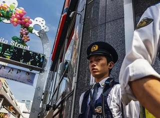 坏人太少,日本警察闲得难受!只能自己制造坏人了