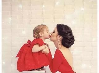 外国妈妈和女儿的生活照,满满都是爱的味道啊!