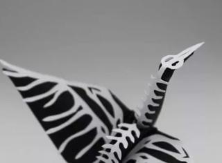 新的一年,我也想折出这样的千纸鹤来送祝福啊!