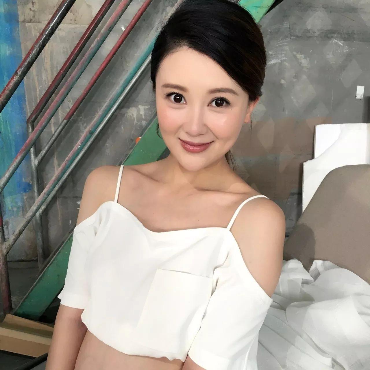 她是让李小璐羡慕的好命女人,如今却要一周还7.6亿的债
