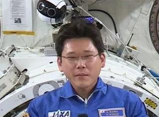 日本宇航员宣称逗留太空三周就长高了9厘米,然而真相是…