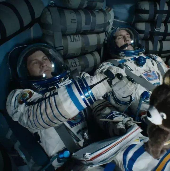 这部战斗种族拍出来的太空探险片我是服气的