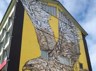 一只鸟竟然比房子还大?这组壁画我也是服气了!