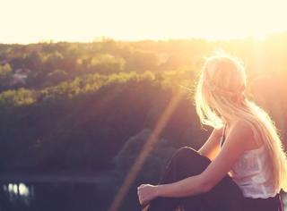 """""""喜欢就去追,不爱就拉黑"""",这是对感情和人生最好的态度"""
