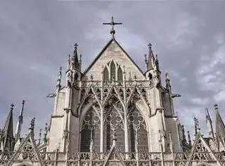 5000欧都能买教堂了,还在还房贷干什么!