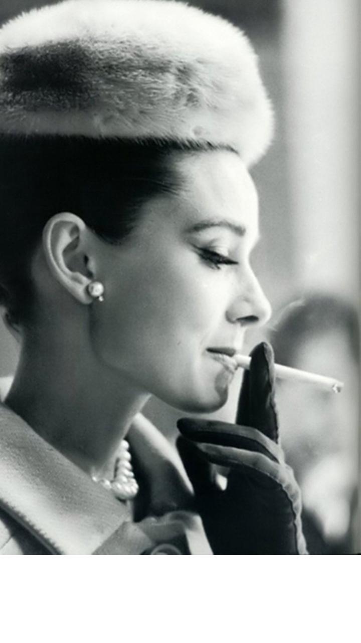如果总局禁烟 这么美的镜头就没有了