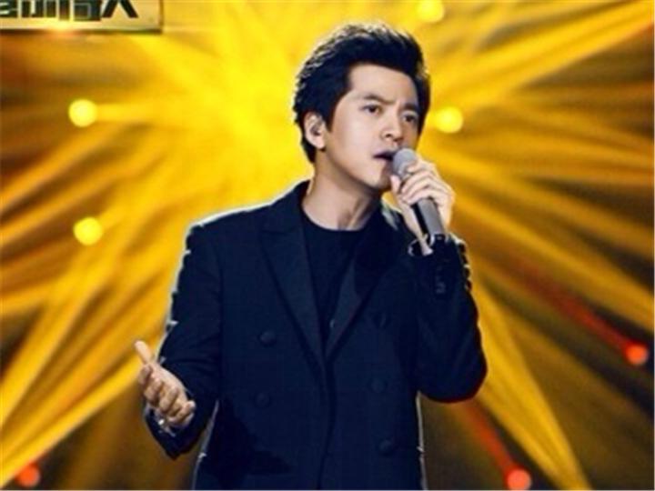 看看有品位的文青李健在《我是歌手》中展示了哪些唱片 ?