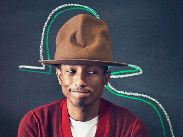 这个戴帽子的男人你要认识 因为他是今年地表上最时髦的人