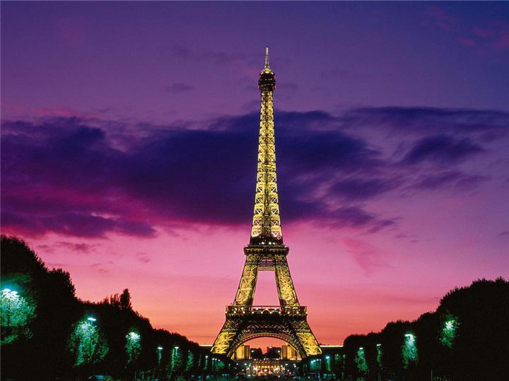 这个摄影师去巴黎,不管住在哪儿,都要看到巴黎铁塔